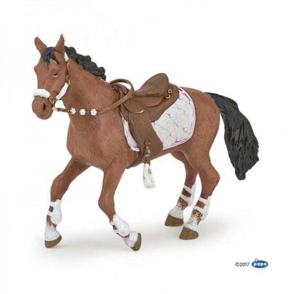 PAPO Pferd zur Pferdefrau im Winteroutfit